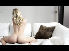 Blonde got hot when was home alonme and enjoyed masturbation
