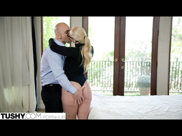 Curvy hot AJ Applegate covets to her boss and enjoys rough anal fuck